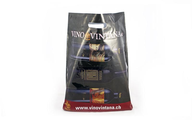 Umsetzung der Tragetaschen für die Vinbo Vintana durch Egli-Werbung